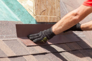 An Omaha Roofing Company's Guide To Repairing vs. Replacing